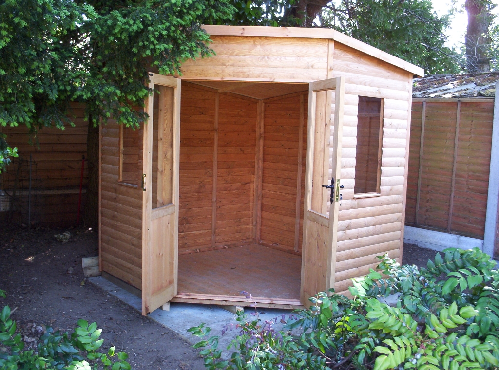 Corner Shed Photo Gallery Surrey Shed Manufacturer Based In Ripley