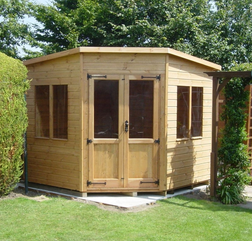 Corner shed photo gallery surrey shed manufacturer based for Garden shed 7x7