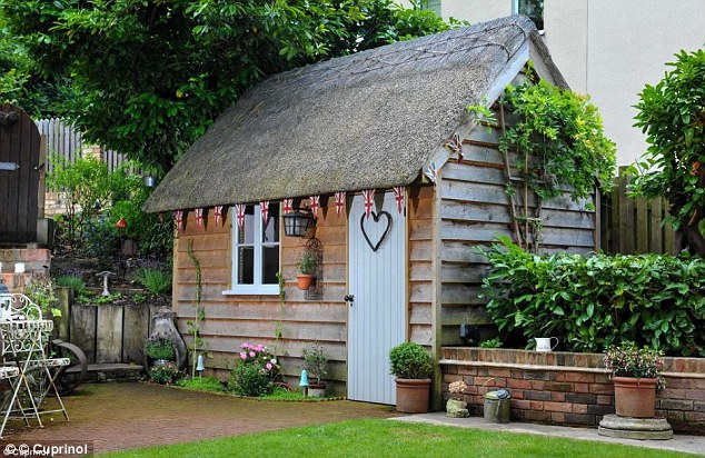 Olde English Garden Shed
